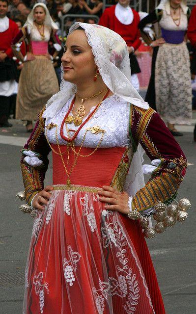 Costume di Ittiri... | Flickr - Photo Sharing!