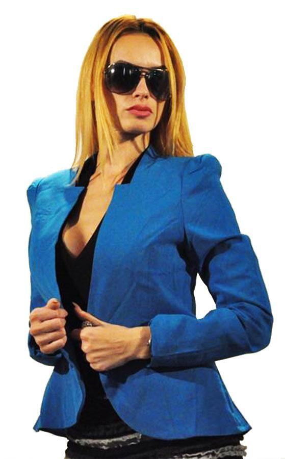 Sacou Dama Plain Blue  -Sacou dama casual-elegant  -Model simplu ce cade bine pe corp, usor de purtat     Lungime: 57cm  Latime talie: 37cm  Compozitie: 96%Poliester, 4%Spandex