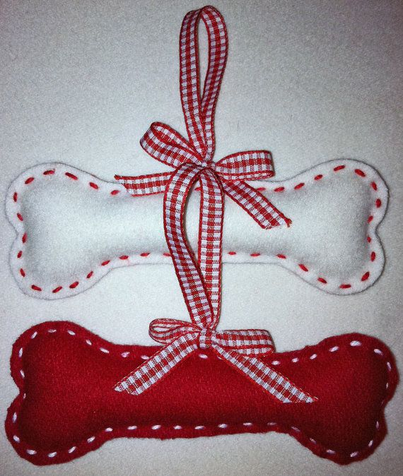 Doggy Bone  Felt Christmas Ornament set of 2 by marilous on Etsy, €7.00