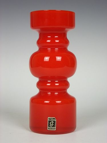 Lindshammar orange cased glass vase
