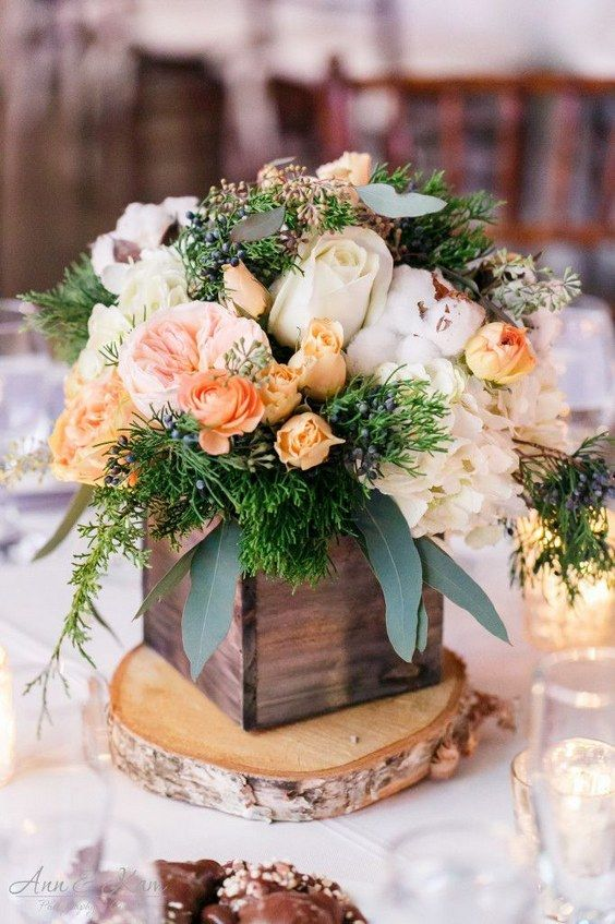 rustic peach roses wooden box wedding centerpiece / http://www.himisspuff.com/wooden-box-wedding-decor-centerpieces/13/