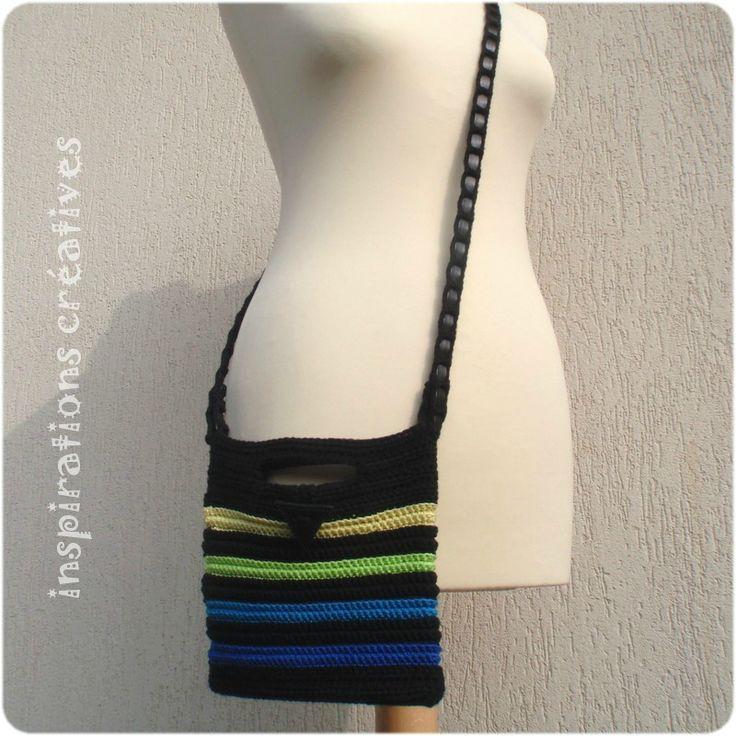 40 best sacs pochettes images on pinterest crochet bags crochet tote and crochet handbags - Tuto pochette bandouliere ...
