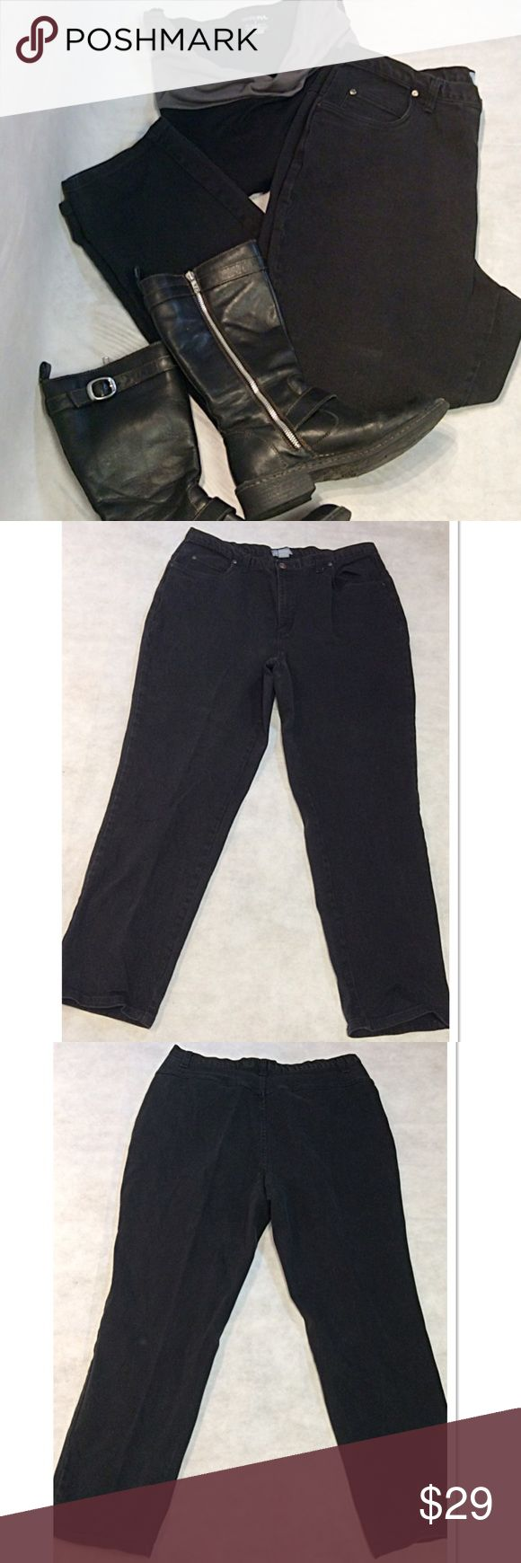 SZ 18W LIZ & ME BLACK DENIM JEANS Great pair of jeans, boot cut and no back pockets. Gently used. See pic for material content Liz Claiborne Jeans Boot Cut