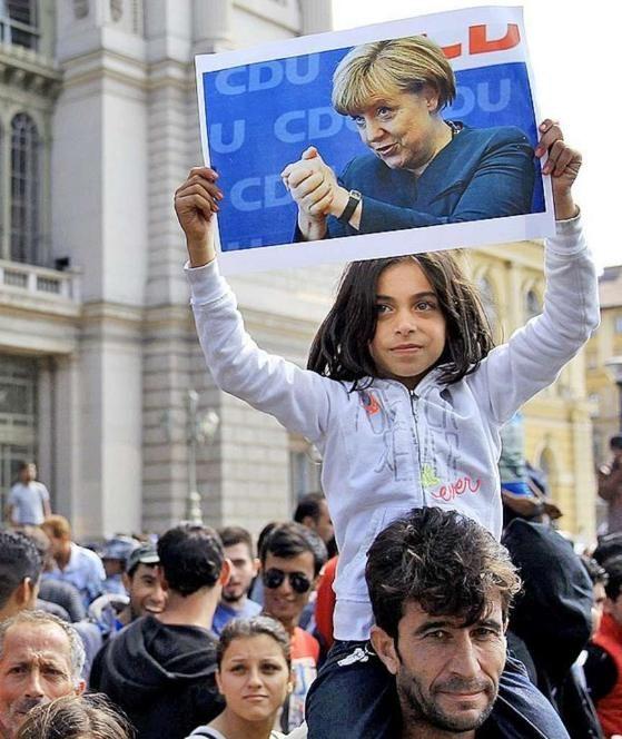 Angela Merkel beendet die Schande von Budapest http://www.bild.de/politik/inland/angela-merkel/beendet-schande-von-budapest-42467370.bild.html