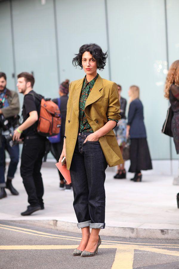 STREET STYLE SPRING 2013: LONDON FW - Yasmin Sewell knows her way around a pair of chic boyfriend jeans.A Mini-Saia Jeans, Yasminsewell, Boyfriend Jeans, Yasmin Sewell, Street Style, Style Spring, Boyfriendjeans, Boyfriends Jeans