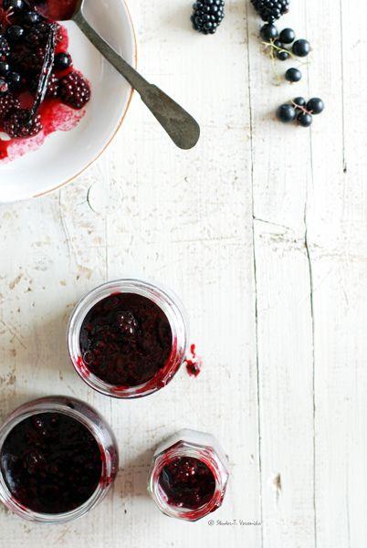 berry jam. Dalla cucina tanti vasetti per portare i profumi e i sapori dell'estate anche nelle giornate invernali.