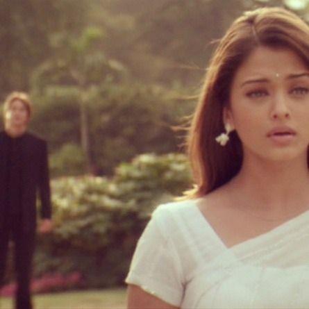 Bride & Prejudice (2004) Aishwarya Rai as Lalita Bakshi and Martin Henderson as William Darcy directed by Gurinder Chadha #JaneAusten - Such a sad moment