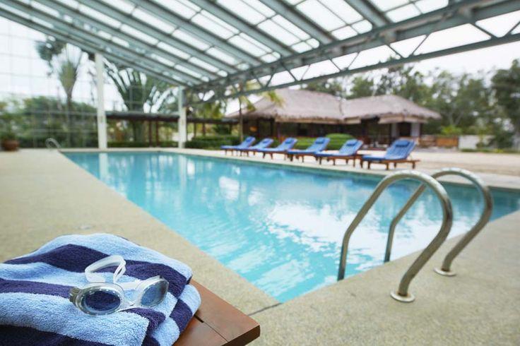 Indoor Pool - Holiday Inn Resort Batam