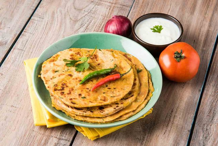 How about Kulchas for breakfast today? But here's a healthy kulcha made out of whole wheat Vivatta chakki aata and soya granules as the normal kulchas are made using maida Kulchas are delicious soft leavened bread which can be plain or even favoured and stuffed.Serve the Whole Wheat Soya Keema Kulchas along with a Boondi Raita Tomato Garlic Chutney and Achar. Vivatta -->http://ift.tt/1V5sWDR #Vegetarian #Recipes