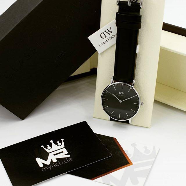 Daniel Wellington DW00100145 | @MyRich.de #danielwellington #danielwellingtonwatch #dw #dwblack #original #official #watch #style #uhr #trend #dw00100145 #classicblack #lifestyle #2017 #womensfashion #luxus #juwelry #lady #classicwatch #fashion #rosewatch #nylon #special #tricolor #rosegold #accessories #crystal