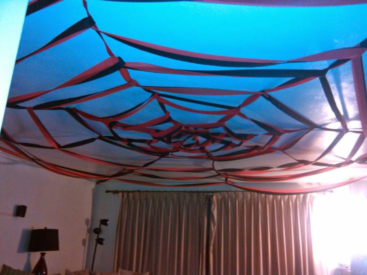 How To Make A Spider Web On The Ceiling With Crepe Paper
