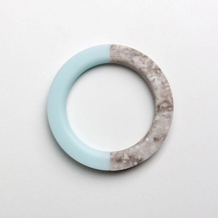 North South Bracelet: Round Mint Ice / Round Hazelnut