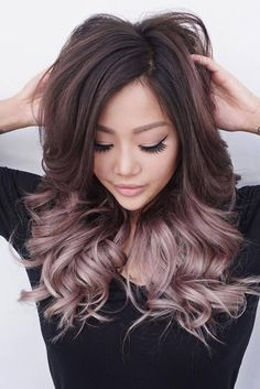 Hier gibt es viele Ideen für Ombre Haar! 57 Ideas for Blonde Ombre Hair / Hairtrend / Ombre Hair Trend #hairstyle #ombrehair | Stylefeed