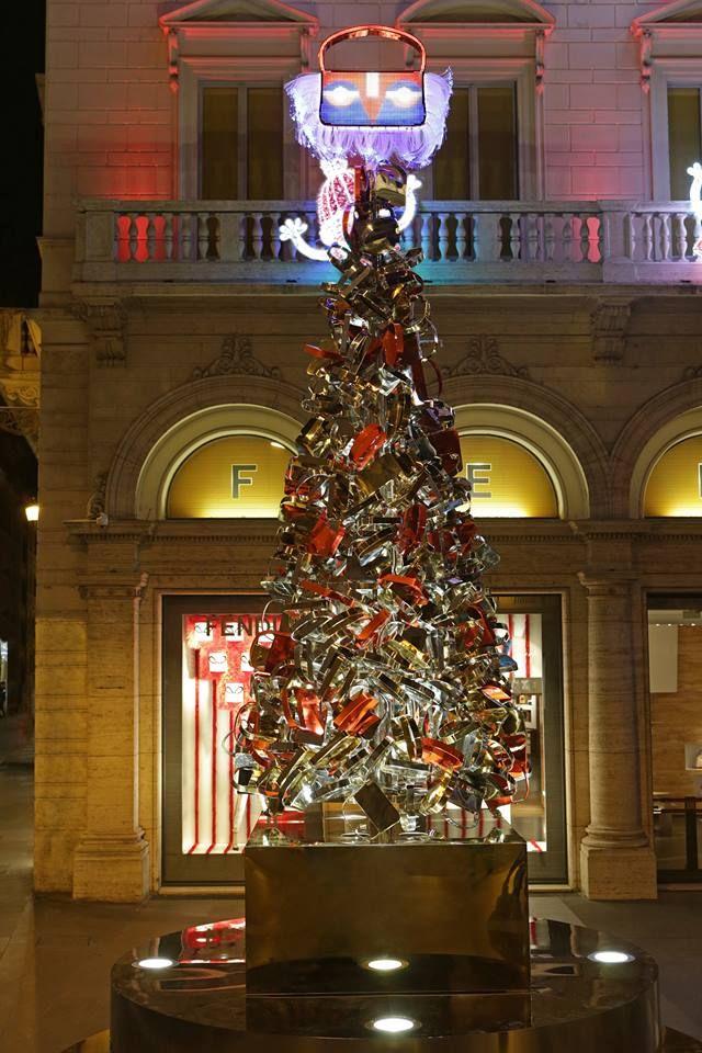 Tis the season to be jolly - Palazzo Fendi kicked off the holiday cheer with a sparkling Fendi-style Xmas tree.