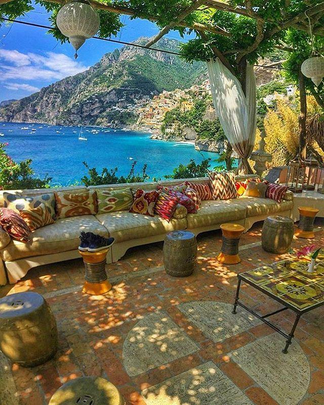 ✨ Villa Treville, Positano, Italia.                                                                                                                                                     More