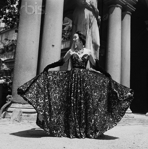 Dorian Leigh in Formal Evening Wear by Simonetta Visconti: Gowns Models, Leigh Gowns, Dresses Fashion, 1950S Dresses, 1950 Style, 1950 S Fashion, Photo, Vintage Fashion 1950S, Dresses Gowns