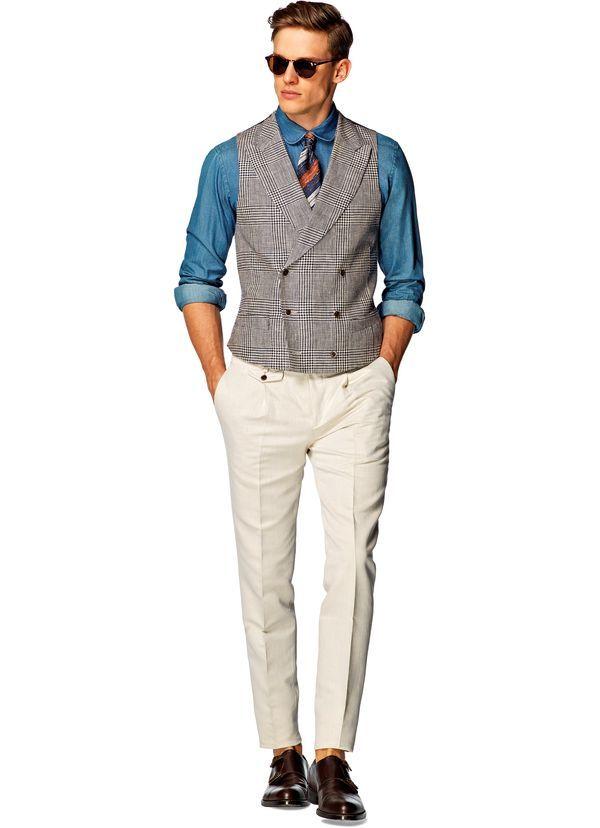若々しく着たいスーツベストのお手本はこれ。20代男性におすすめしたいスーツベスト。