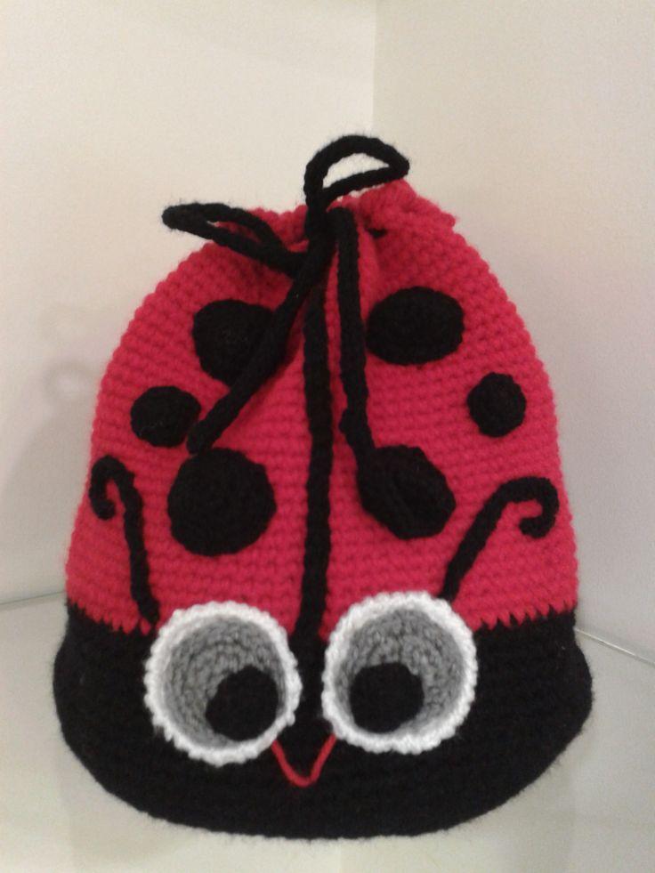 Mochila mariquita a crochet