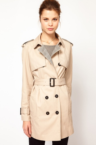 Why we love fall: timeless trenches: Work Clothing, Classic Trench Coats, Coats Wcontrast, Style Fashion Clothing, Buffalo Bill, Check Details, Classic Style, Kookai Trench, Contrast Check