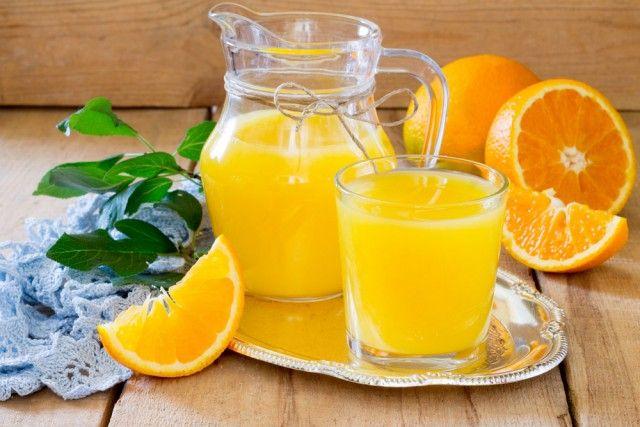 Sciroppo d'arancia fatto in casa, l'antica ricetta di una bevanda naturale