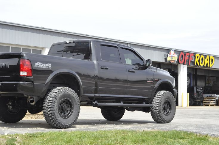2017 ram 2500 with 3 inches of lift and 37inch tires
