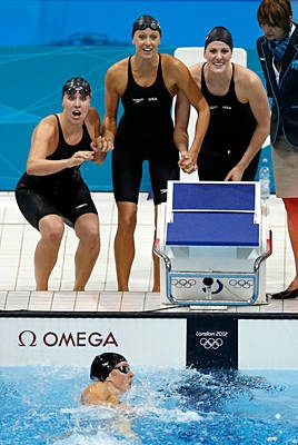 Allison Schmitt, Shannon Vreeland, Dana Vollmer, & Missy Franklin - Gold in the 4 x 200 Relay