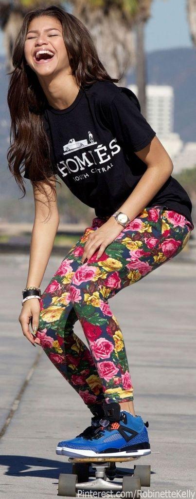 17 Best Ideas About Zendaya Outfits On Pinterest Zendaya Style Zendaya Street Style And