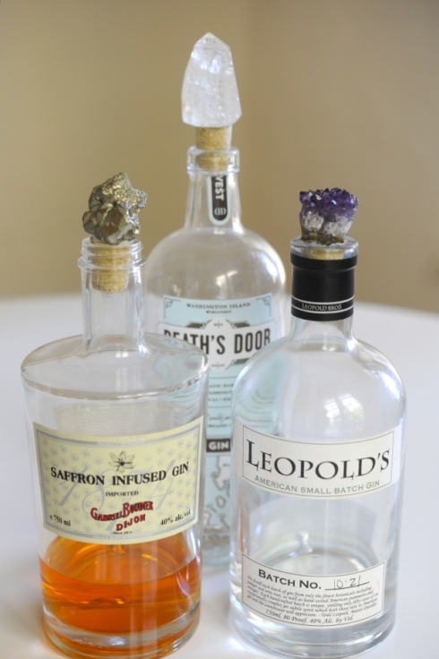 DIY Bottle stoppers- geodes