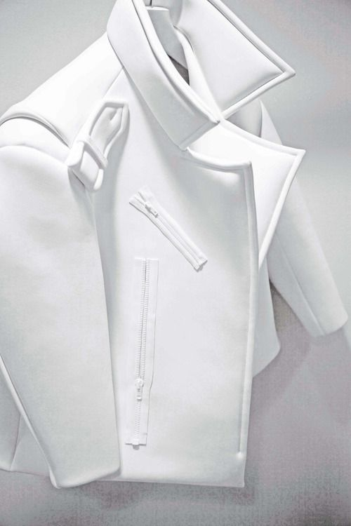 white neoprene #ranitasobanska #fashion #inspirations