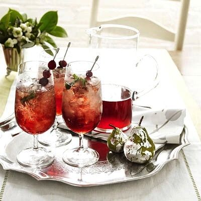 Need some Plan friendly holiday cocktail ideas ?  Here's a great, easy recipe for Cranberry Julep made with orange peel (organic citrus peels are great cancer fighters!) 3/4 c. water 1/4 cup honey or agave 2 strip fresh organic orange peel 1 c. fresh cranberries 1 c. Kentucky bourbon 8 sprig fresh mint  #holiday #holidayparty #cocktails #festive #dinnerparty #itsfiveoclocksomewhere #christmas #chanukah #bourbon #citrus