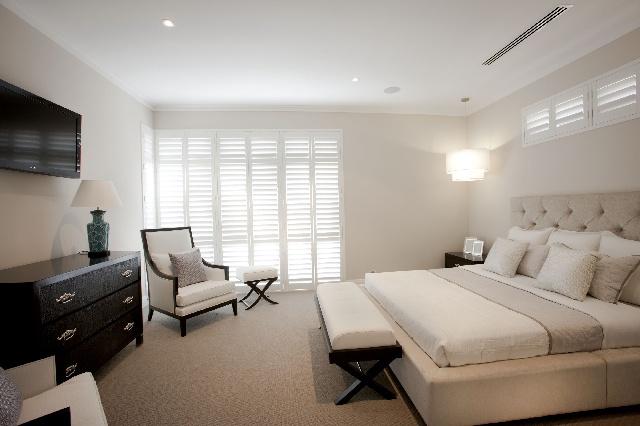 Riverstone's Palais - Master Bedroom