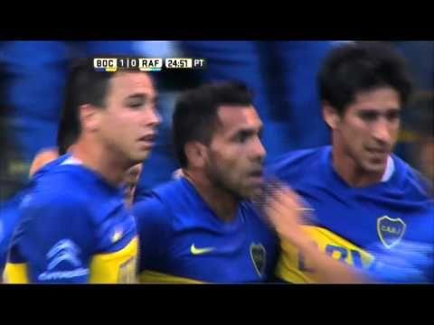 Carlos Tevez scored a quality lob for Boca Juniors v Atletico Rafaela (Video)