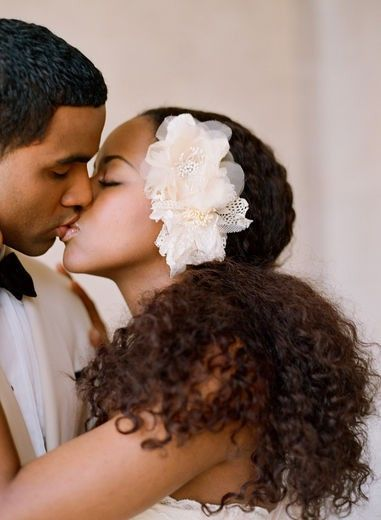 lovenaturalsunshine:    Natural Hair Wedding (5)