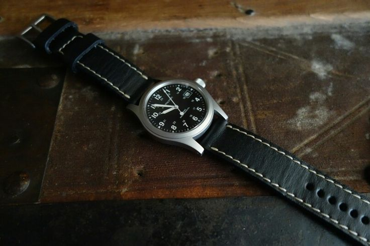 Hamilton khaki mechanical 38mm with Greenstraps noir ii