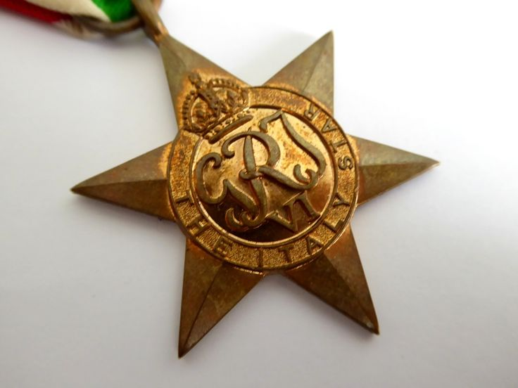 Original Issued Unnamed WW2 Commonwealth Military The Italy Star Medal with Ribbon - The Collectors Bag
