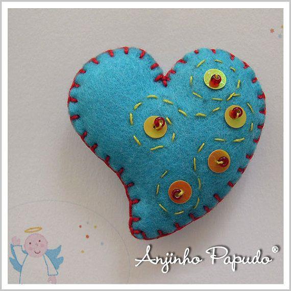 Be my Valentine. Blue Heart Brooch. by anjinhopapudoshop on Etsy.