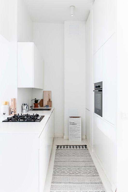 white helsinki apartment kitchen / sfgirlbybay