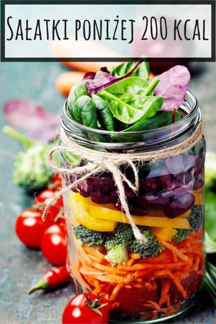 Jeśli masz wrażenie, że w kwestii sałatek nie ma już oryginalnych pomysłów, to wypróbuj nasze propozycje. #salad #kcals #diet #sałatka #kalorie #dieta #fit