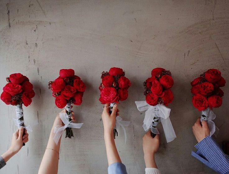 Red piano bouquets