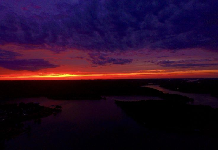 Our favorite part of the day...anyone else catch the sunset tonight?! Wow! 🙌🌅❤️ It's LAKE:30!