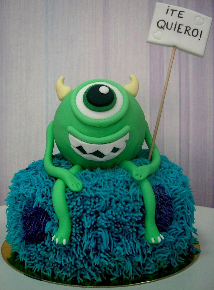 ¡Nueva tarta de Monstruos S.A!! esta vez Mike mucho más romántico. Tarta de buttercream con bizcocho de Oreo y rellenos de ganaché de chocolate.