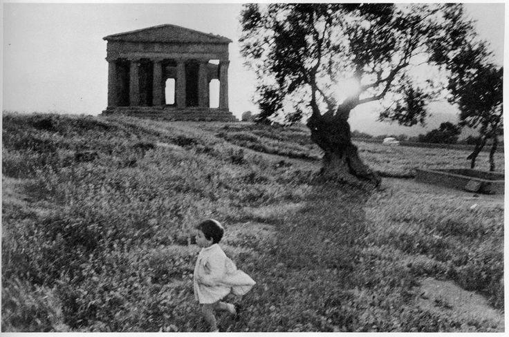 Bruce Davidson - Sicily (1961)