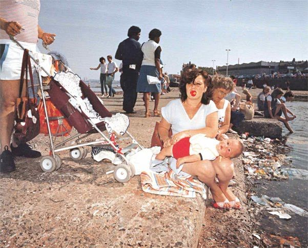 New Brighton, from the series Last Resort, 1983-1985 - Martin Parr