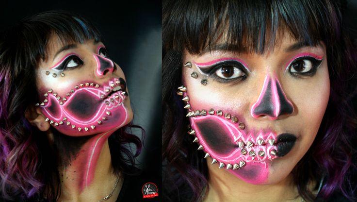 Bones Makeup Halloween Artista: Angela Gabriela Reserva tu cita en www.eltallerdelpelo.com