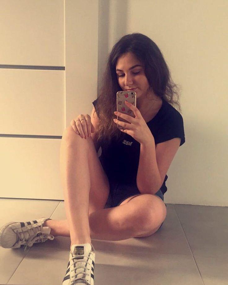 With my feelings on fire guess I'm a bad liar ��#selfie #new #mirror #snapchat #polishgirl #polishwoman #jeszcze #student #babe #legs #instaphoto #l4l #newhomie #parapetówkiczaszacząć #luksus #almost #vacaciones http://butimag.com/ipost/1554387638826375143/?code=BWSS1JvgRfn