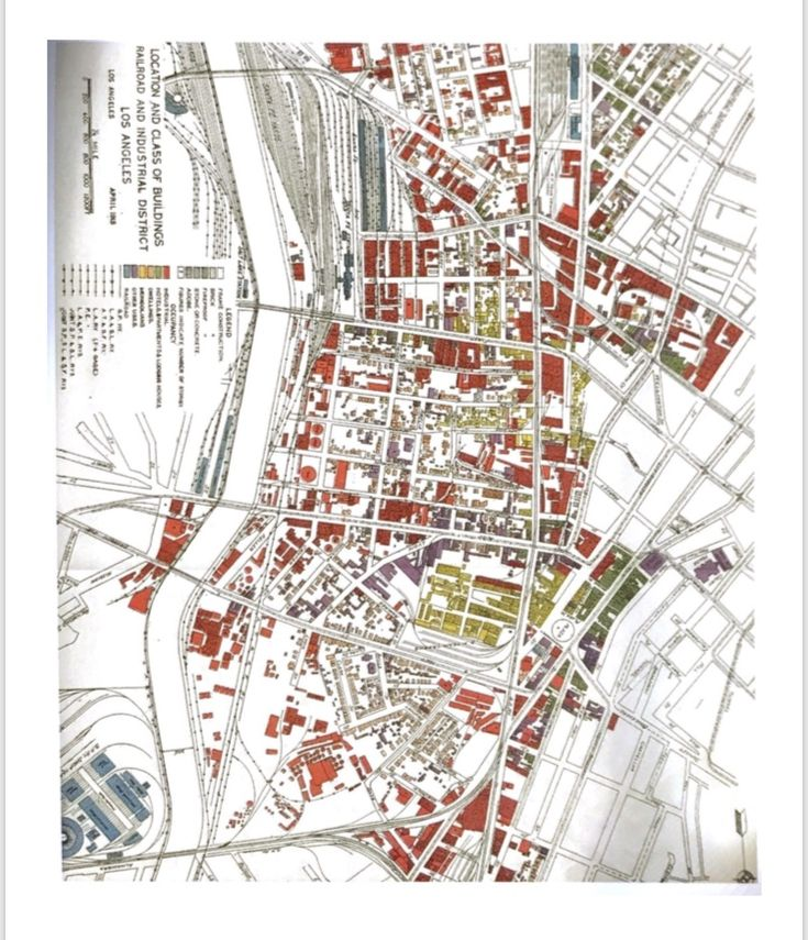 I like this map from the book because of the legend in the bottom left. This map shows a lot of information but it makes it not as overwhelming because of the easy to read legend in the corner. Riewoldt, O. (2002). Brandscaping: worlds of experience in retail design. Basel: Birkhäuser.
