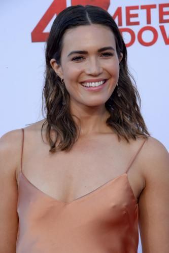 """Mandy Moore, Matthew Modine and Claire Holt attended the premiere of their film """"47 Meters Down"""" at the Regency… – @UPI Photo Gallery"""