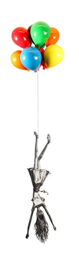 Derya Özparlak, Optimist, Metal elle döveme-kaynak, balonlar 65 x 65 x 60 cm, figür 110 x 34 25 cm, 2015