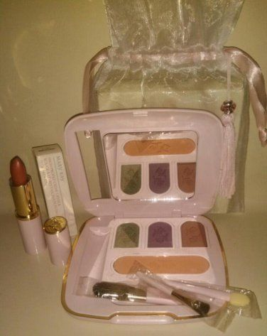 Mary Kay cosmetics in pink bottles | Mary Kay Pink Vintage Custom Compact Set Filled