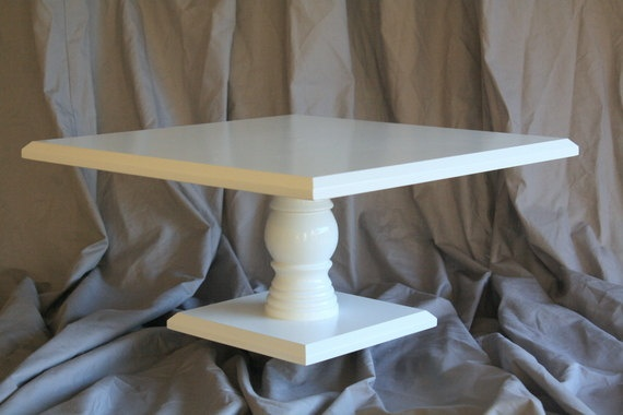 Another simple cake stand that will keep the attention on the cake!